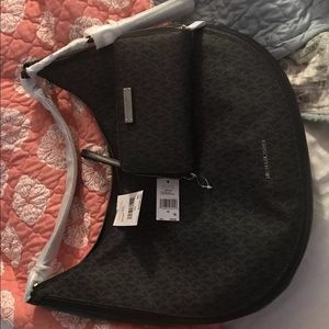 Brand New Michael Kors Purse and Wallet Set